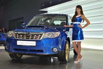 Продажи бюджетных машин в России падают, а дорогих растут, фото 1