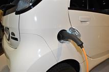 На электромобили и гибриды предложили снизить транспортный налог, фото 1