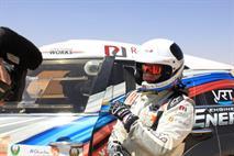 Владимир Васильев выигрывает второй спецучасток на гонке в Абу-Даби, фото 1
