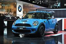 Продажи машин в Европе стабильно растут, фото 1