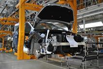 Выпуск машин в России сократится на 20%, фото 1