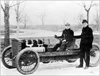 Генри Форд сам участвовал в испытаниях своих первенцев
