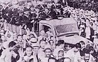 Сохранилось лишь такое фото трофейного грузовика Isuzu Ishikawajima. В кузове-краснофлотцы, вокруг - китайские крестьяне.  (1945 год)