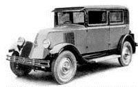 """1922 год - за форму носа этот автомобиль Renault получил прозвище """"бульдог"""""""