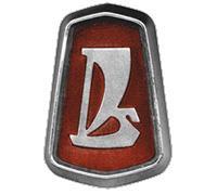 """Самый первый логотип АвтоВАЗа изобразительно обыгрывал слово """"Лада"""", как """"Ладья"""". Однако по результатам проведенного в начале 70-х годов Всесоюзного конкурса на название для нового автомобиля, имя """"Лада"""" стало победителем лишь потому, что звучало в популярной песне тех времен - """"Ладушка"""" -  и скорее всего обозначало: ладная, красивая, хорошо сложенная"""
