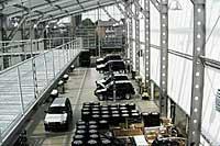 Производство специальных серий в стеклянном зале BRABUS