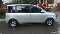 Toyota Sienta 1.5