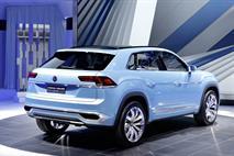 Volkswagen привез в Детройт 360-сильный концепт, фото 3