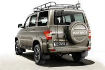 УАЗ представил эксклюзивные внедорожники «Патриот» и «Хантер», фото 6