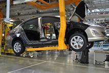 Завод Peugeot Citroen остановят до середины июля, фото 2