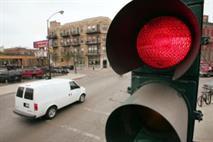 За проезд на красный свет хотят лишать прав, фото 1