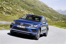 Дизельный VW Touareg стал дешевле, фото 1