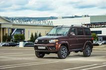 УАЗ «Патриот» стал удобней и получил новые цвета кузова, фото 1