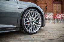 Audi обновила свой самый быстрый автомобиль, фото 4