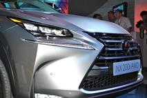 Lexus продлевает срок действия специальных цен на свои модели, фото 1