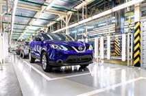 Nissan начал выпуск Qashqai в Петербурге с сокращения рабочих, фото 1