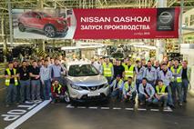 Nissan начал выпуск Qashqai в Петербурге с сокращения рабочих, фото 2