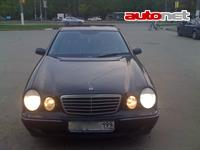 Mercedes-Benz E320 4MATIC