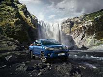 Новый пикап Toyota Hilux стал выгоднее на 150 тыс. рублей, фото 1