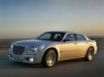 FCA отзывает в России автомобили Chrysler 300, фото 1