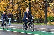 Мэр Москвы поддержал идею о выдаче прав велосипедистам, фото 1