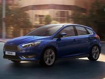 Продажи автомобилей в январе рухнули на 29%