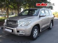 Toyota Land Cruiser 200 4.0 4WD