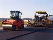 В Омске за сутки отремонтировали 4000 кв. метров дорог