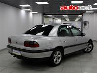 Opel Omega B 2.0