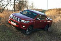 В РФ отзовут пикапы Toyota Hilux из-за выпадающих стекол, фото 1