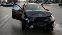 За разбитый «Делимобиль» с клиента потребовали больше стоимости новой машины, фото 1