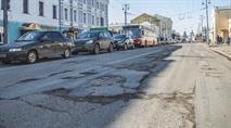 Мэр Владимира заявила, что земля «отторгает» асфальт, фото 1