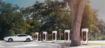 В РФ отменят транспортный налог на электромобили, фото 1