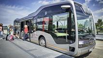 Беспилотный автобус Mercedes вывели на дорогу, фото 1