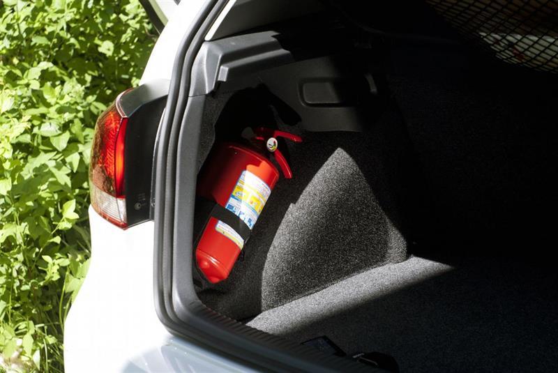 ГИБДД вполне возможно начнёт проверять исправность огнетушителей всалонах авто