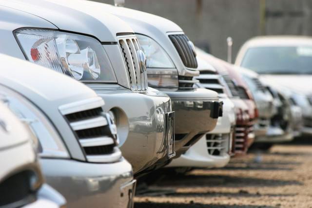 Средняя стоимость подержанного автомобиля летом превысила 690 тыс. руб.