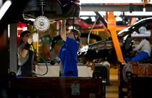 АвтоВАЗ остановит часть конвейеров из-за низких продаж, фото 1