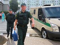 В РФ хотят ввести отдельные парковочные места для инкассаторов, фото 1