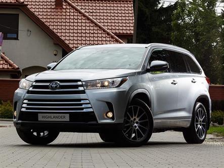 Toyota Highlander подорожал на полмиллиона рублей
