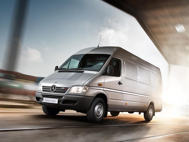 Mercedes отзывает из РФ  неменее  3 тыс.  моделей Sprinter Classic