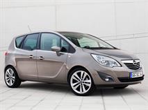 В РФ снова отзовут минивэны Opel из-за бракованных ремней безопасности