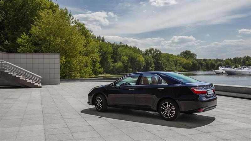 Тойота снизила цены на 4 известные модели в Российской Федерации
