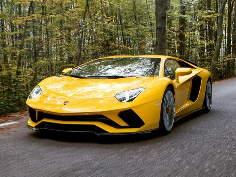Фольксваген отзывает в РФ десятки авто Lamborghini