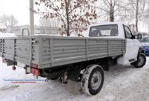 Новый грузовик УАЗа сфотографировали на конвейере, фото 3