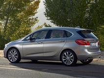 В России появился переднеприводный компактвэн BMW