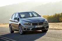 В России появился переднеприводный компактвэн BMW, фото 2