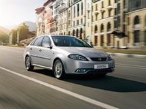 Перелицованный Chevrolet Lacetti подешевел на 90 тысяч рублей, фото 1