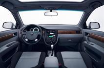 Перелицованный Chevrolet Lacetti подешевел на 90 тысяч рублей, фото 3