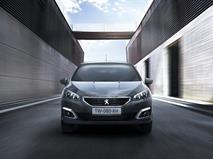 Peugeot раскрыл комплектации и цены обновленного седана 408