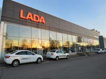 Дилеры Lada сокращают скидки из-за нехватки машин